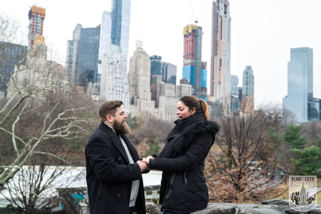 Photo 7 Cats Rock Proposal in Central Park | VladLeto