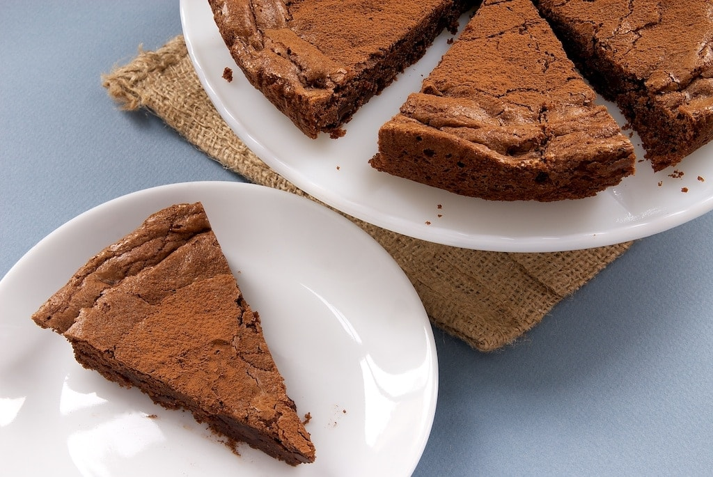 Triple Chocolate Brownie Cake is a simple, delicious way to satisfy your chocolate craving. - Bake or Break