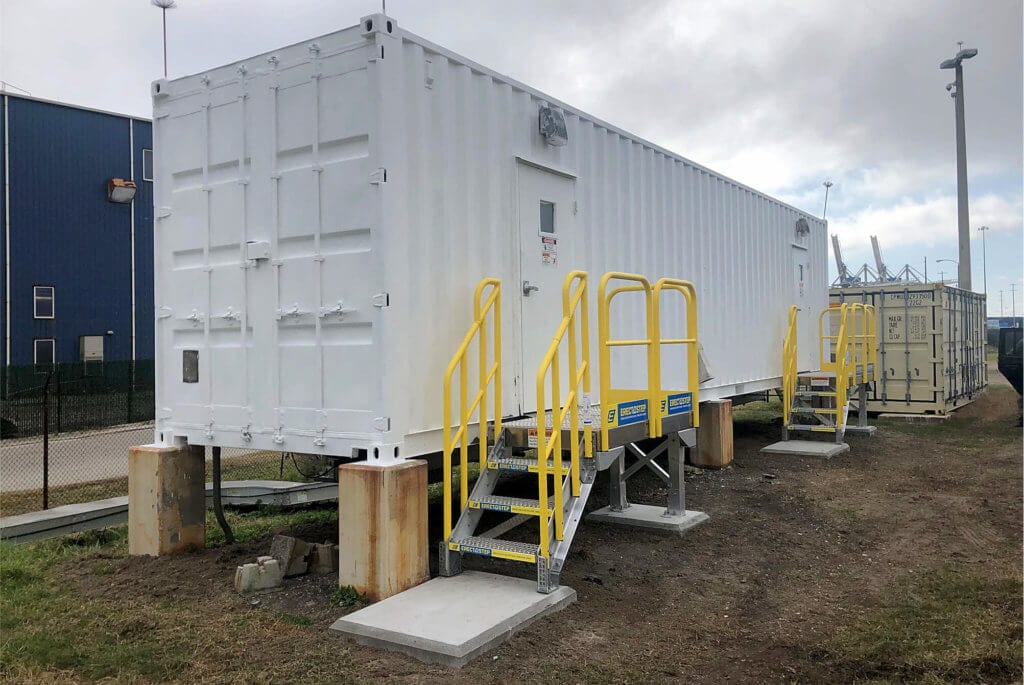 Access stairs for work trailer