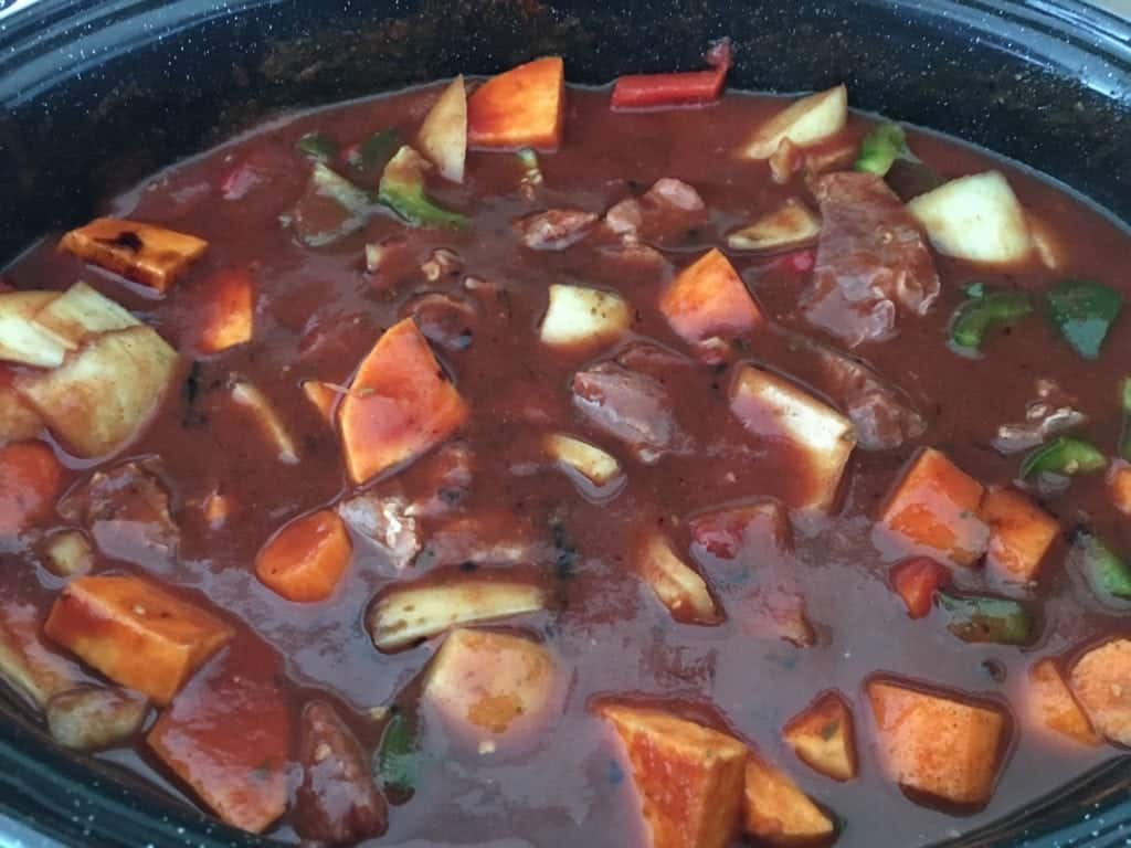 Balsamic Slow Cooked Beef Stew Recipe - Easy one pot recipe, tasty beef stew with peppers, onion and sweet potato - http://www.amateurchef.co.uk