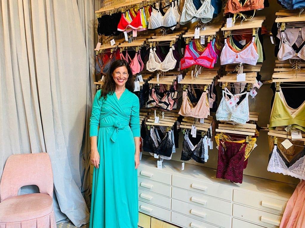 Astrid im Shop