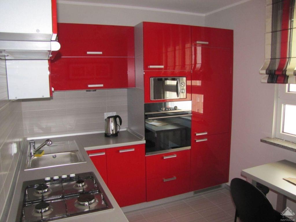 фасады кухни красного цвета