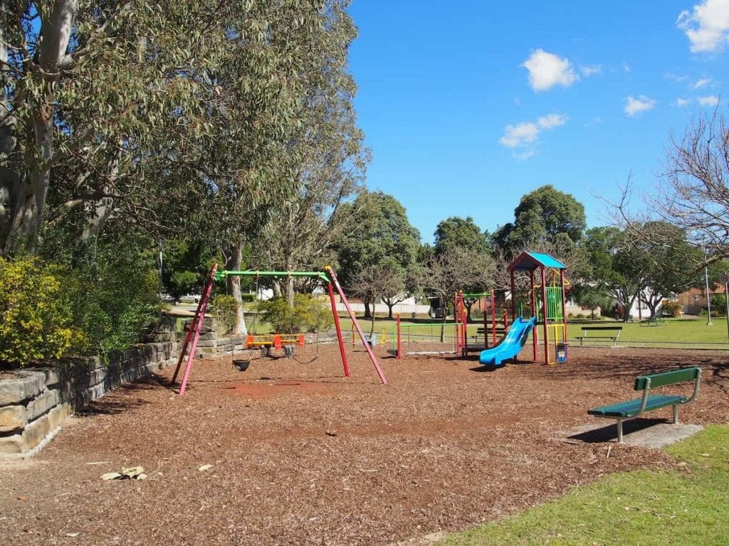 Henderson Park is a little neighbourhood park in Adamstown and is perfect for those with young kids. It features play equipment catering to little ones as well as plenty of grass to run around.