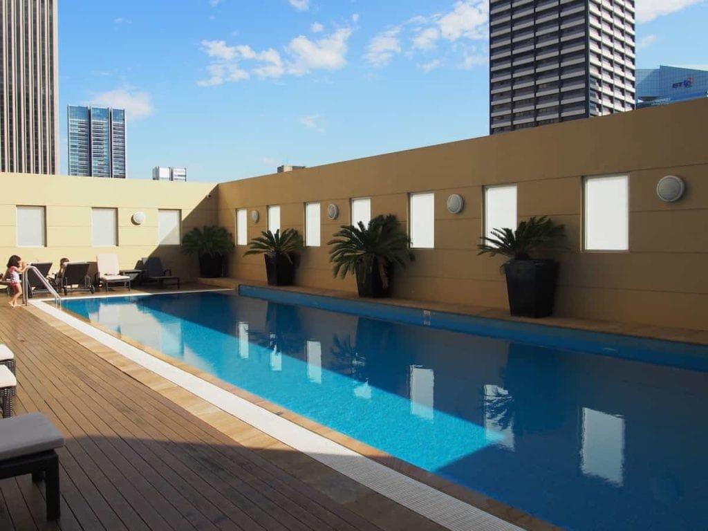 Swissotel Sydney Pool