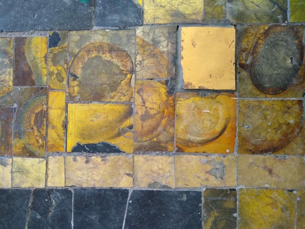 Ein Mosaik oder auch eine Fassade