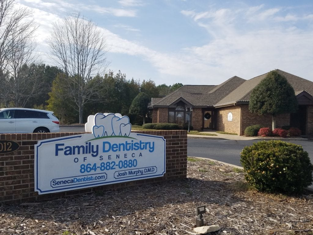 Family Dentistry of Seneca Sign 864-882-0880