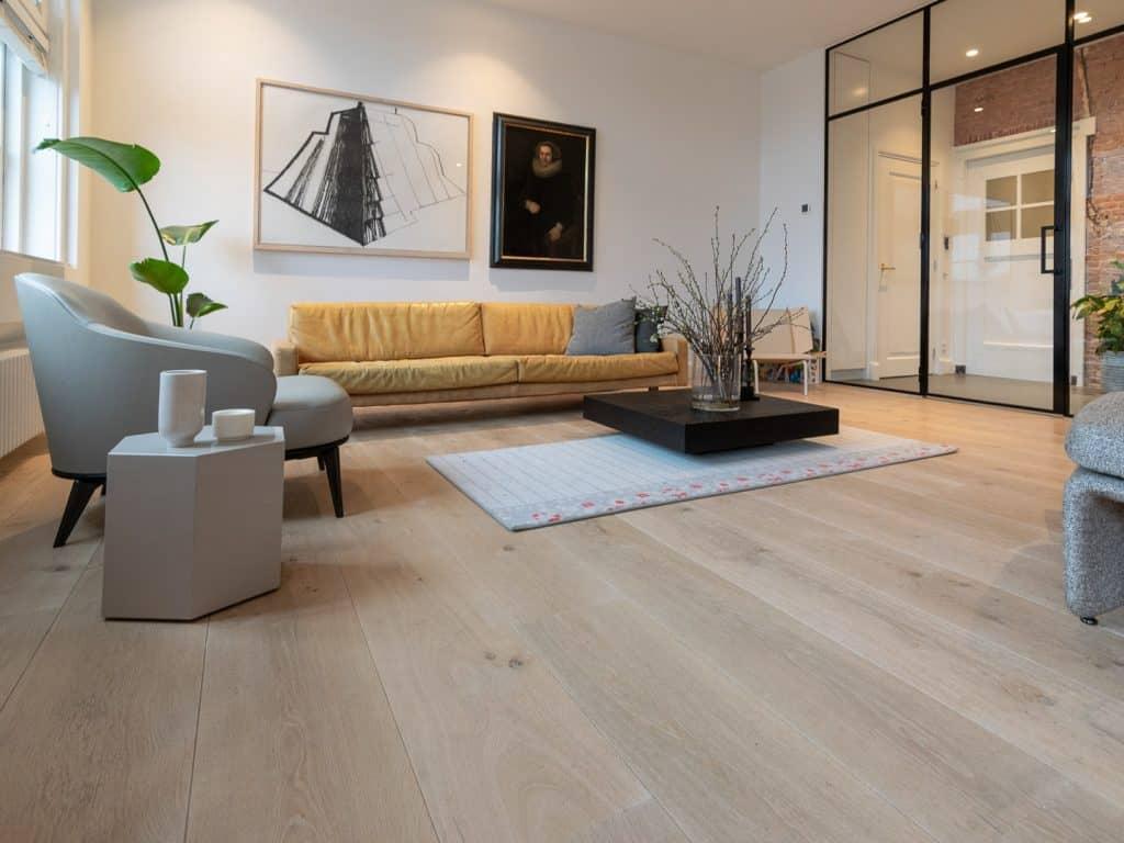 houten vloer in appartement