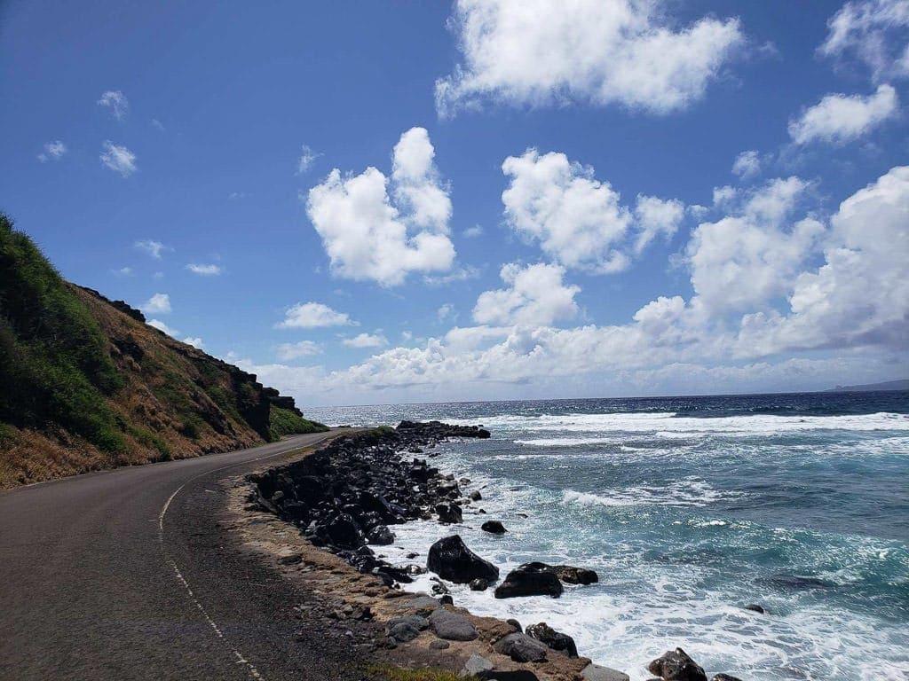 molokai drive by the ocean