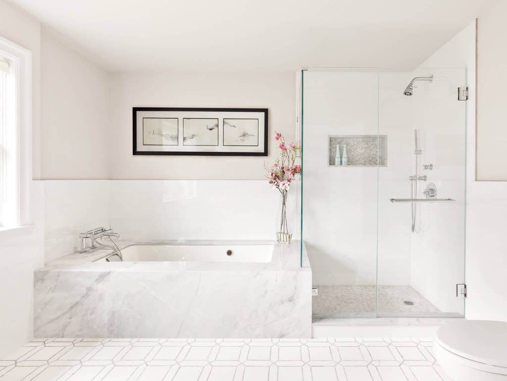 Solid White Crisp shower's tile
