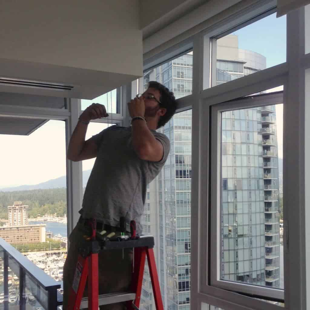 electrician vancouver at work