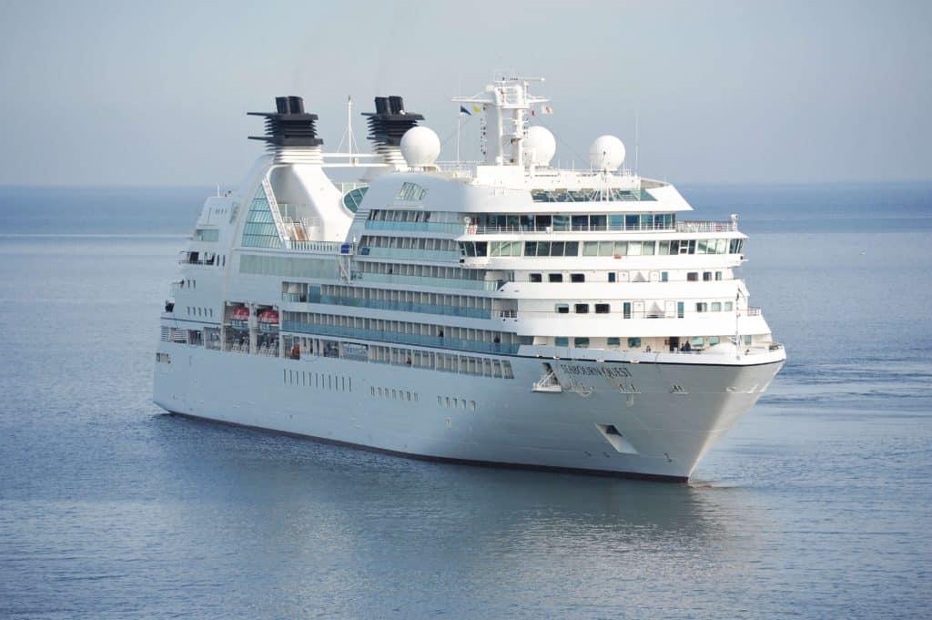 Cruise & Færger