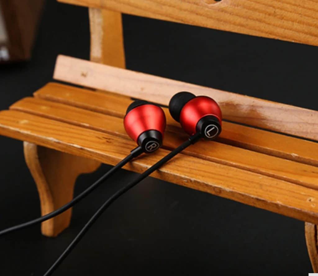 Cheap Wired Headphone AliExpress ArtisteDC1 High Quality Bose Alternative Sony Replica