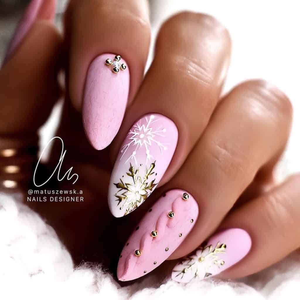 sewterkowy manicure na zimę
