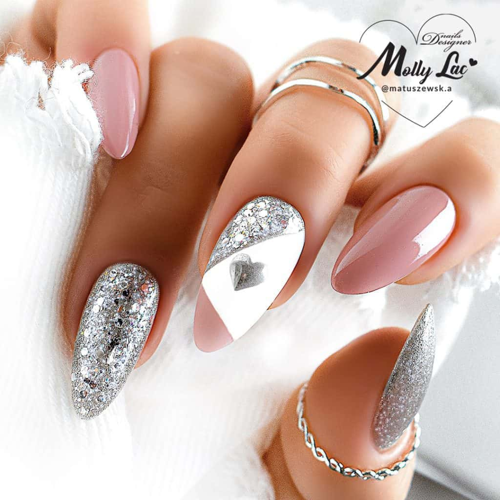 brokatowe paznokcie z różem