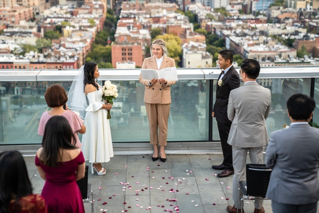Photo 11 Ryan and Grace penthouse elopement in New York
