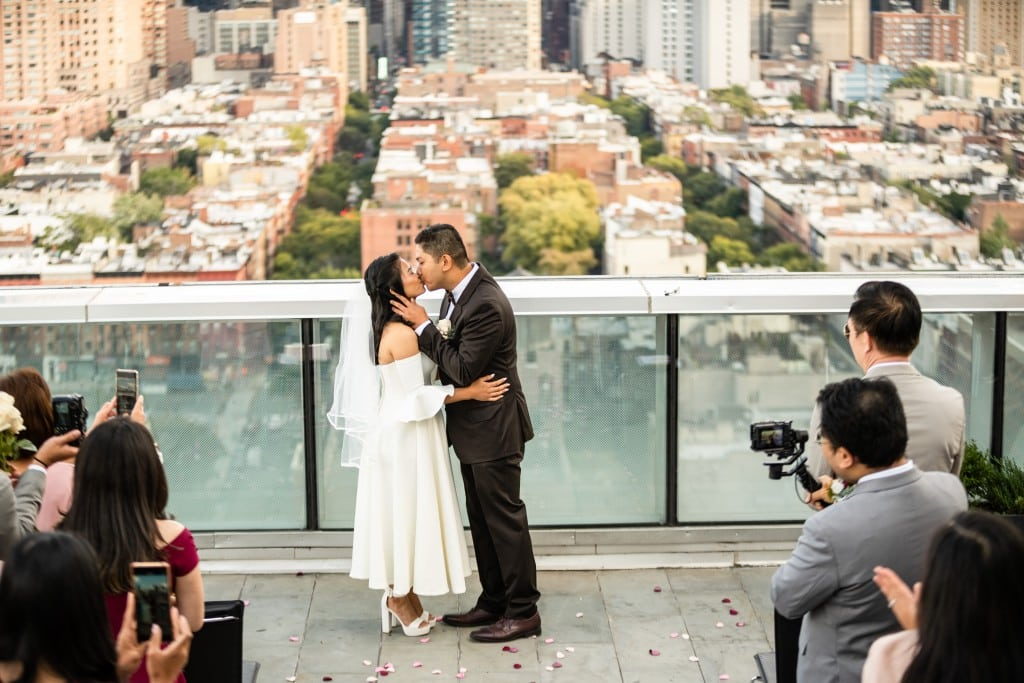 Photo 19 Ryan and Grace penthouse elopement in New York