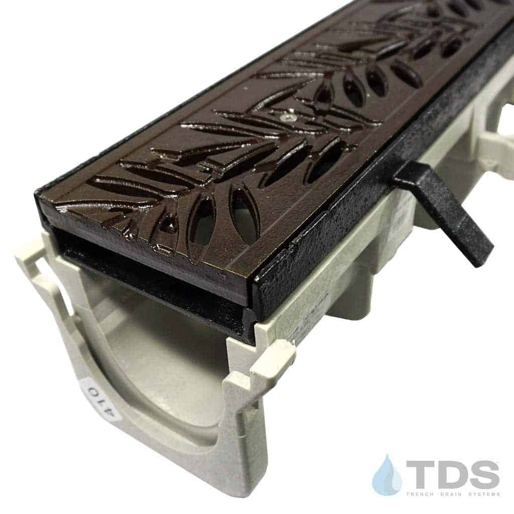 NDS-Dura-DI-LocB-DK Iron Age deco cast iron grate cast iron frame hpde channel