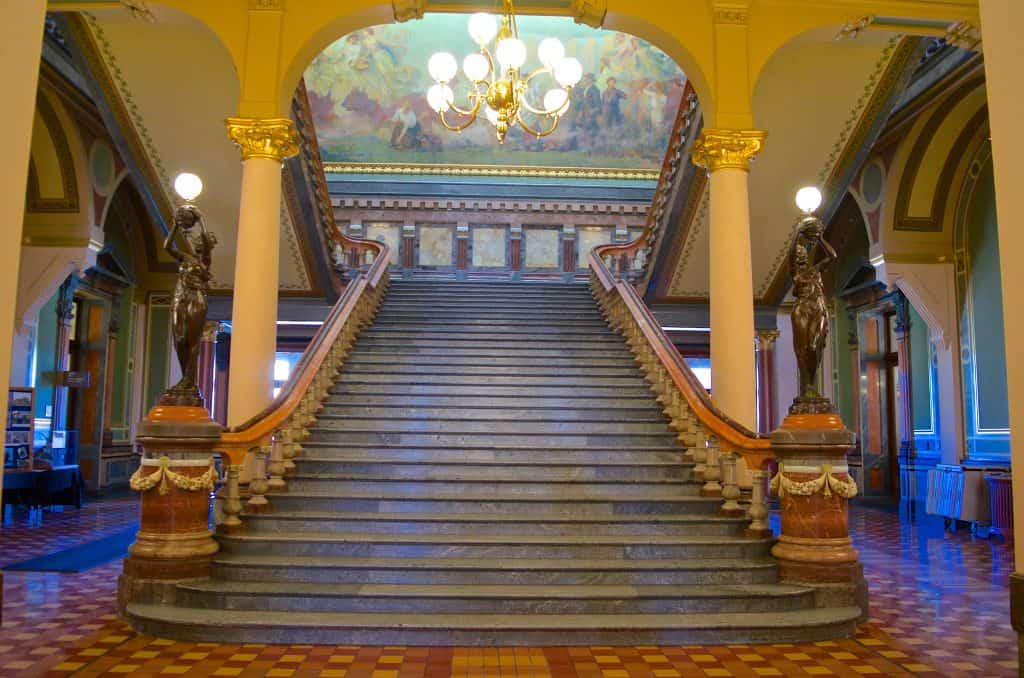 interior stairs of the Des Moines Iowa State Capitol Building