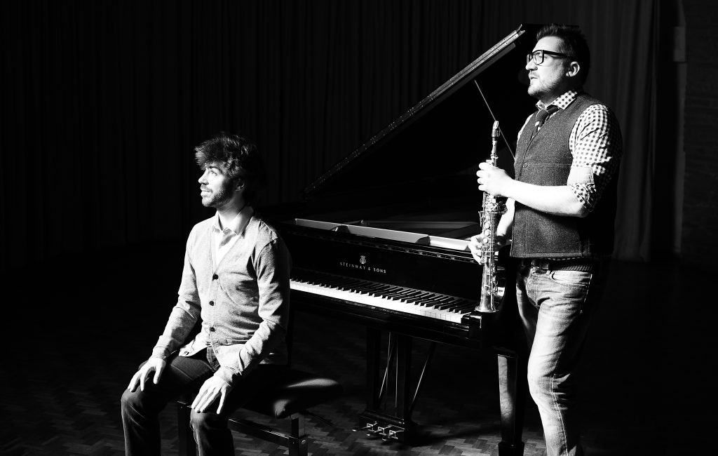 Photo du duo Endless, Greg Aguilar et David Haudrechy