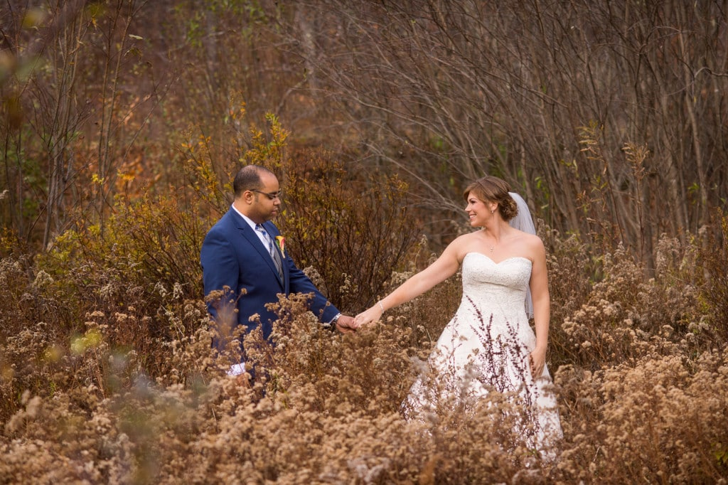 Full Moon Resort wedding photos in autumn| Rob Spring Photography