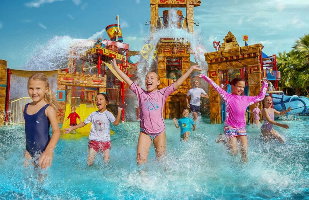 kids at water park