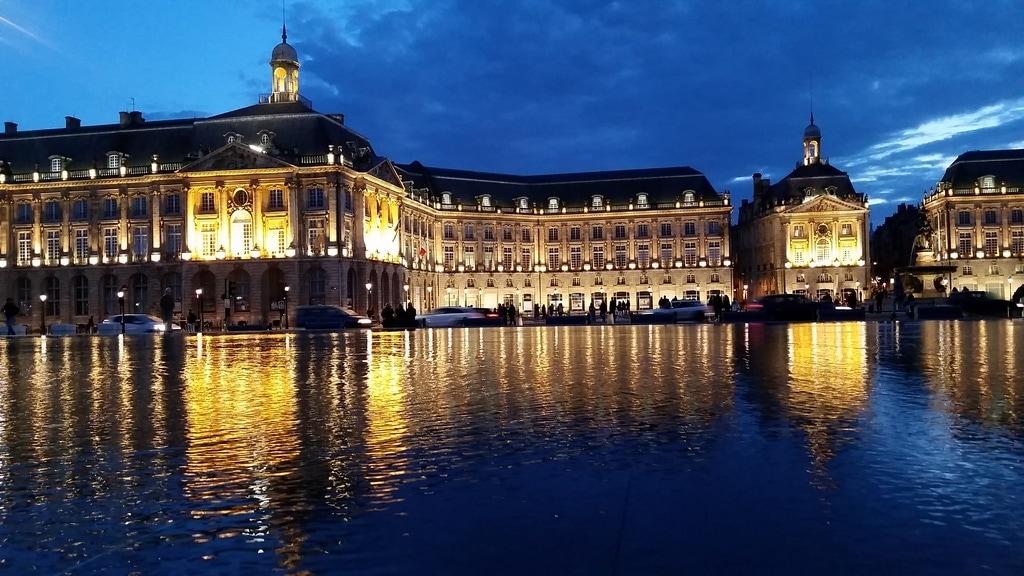 Visit Bordeaux: 6 Things You Don't Know About Visiting Bordeaux France