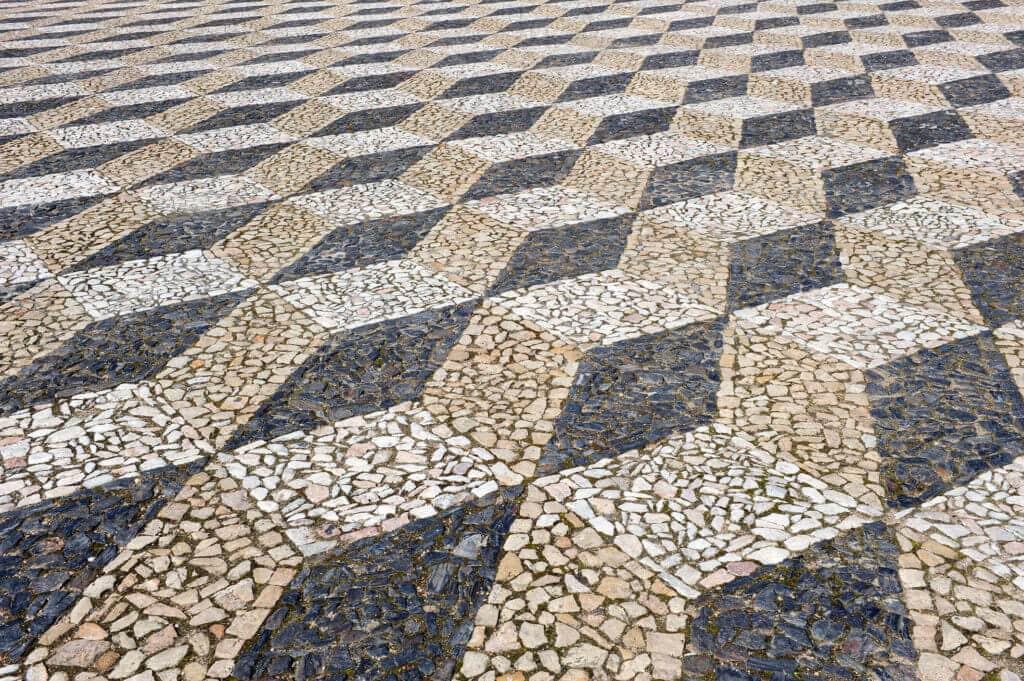 Mosaikpflaster mit 3D-Effekt
