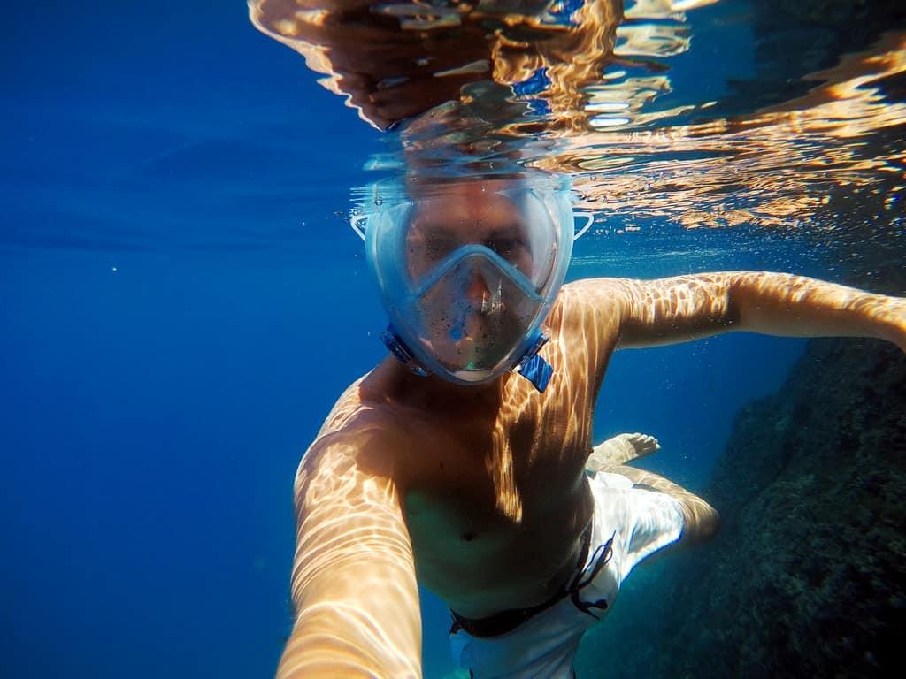 Full face mask for snorkeling