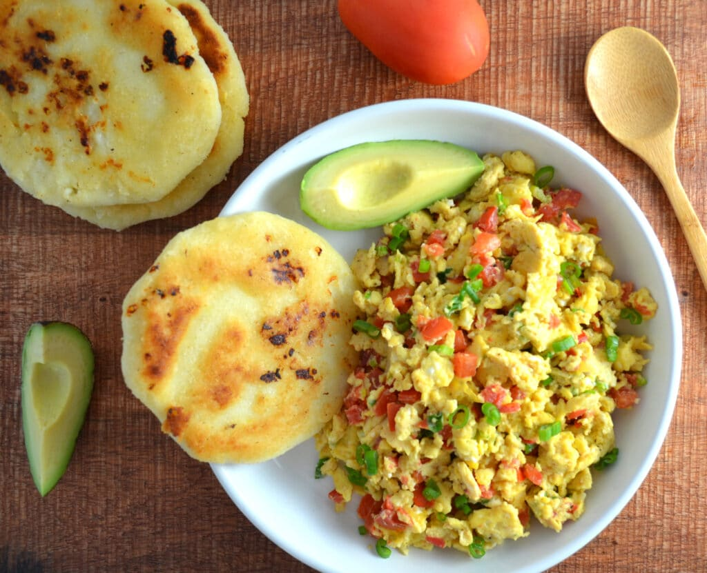 Huevos Pericos (Colombian Scrambled Eggs with Tomatoes and Scallions)