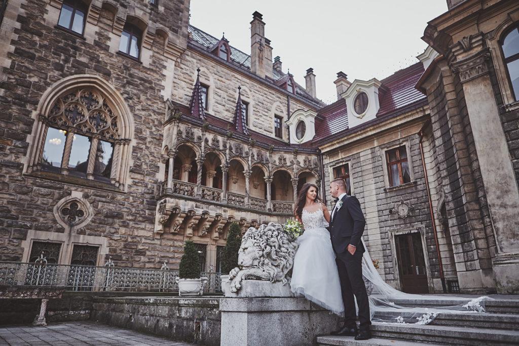Plener ślubny na zamku w Mosznej 3