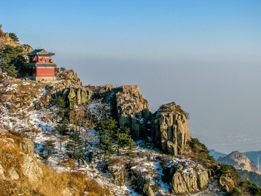 Beautiful Taishan looks like a Chinese painting