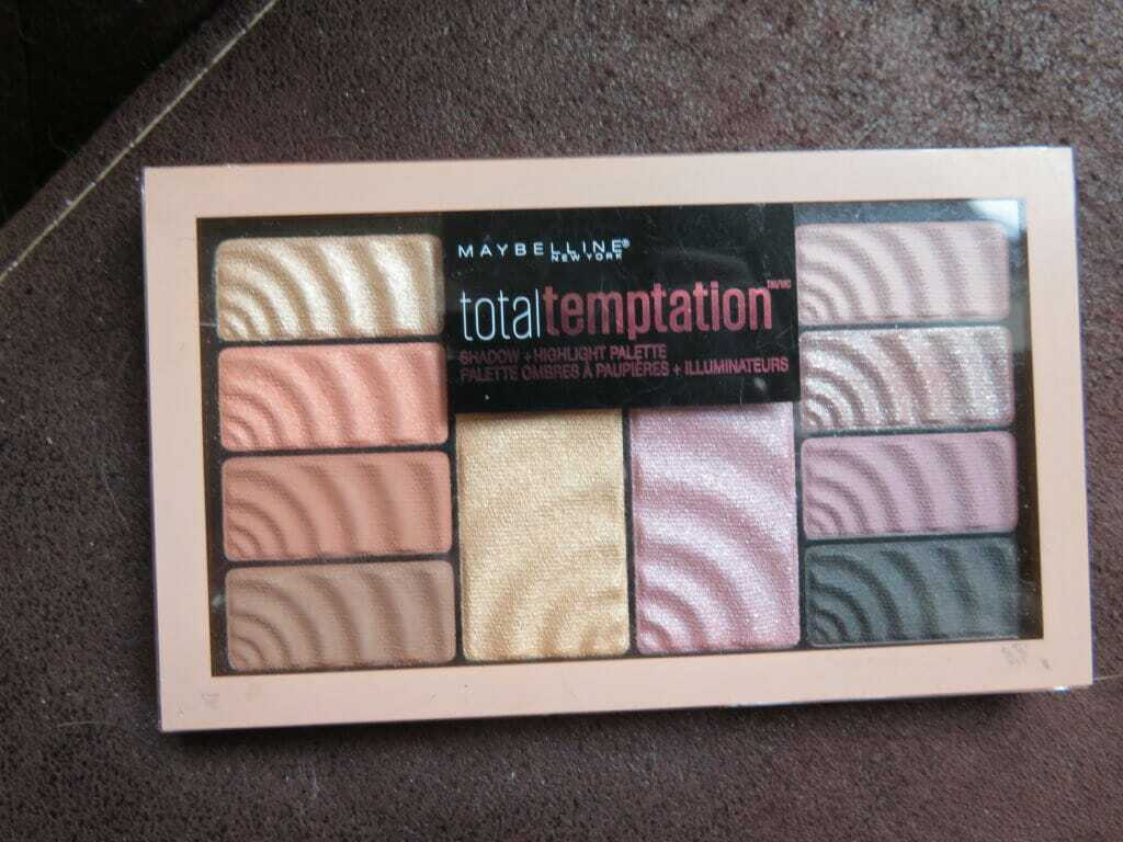 Maybelinne total tempation eyeshadow-highlight palette