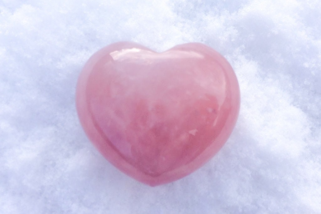 Spiral Crystals UK - Rose Quartz Heart