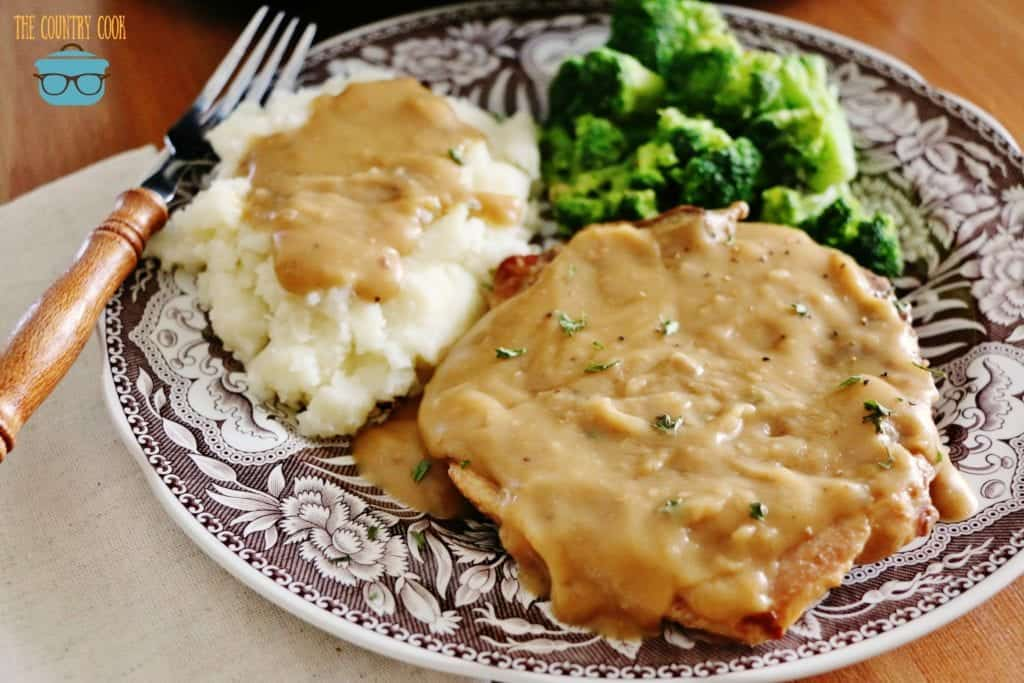 Crock Pot Pork Chops with Gravy