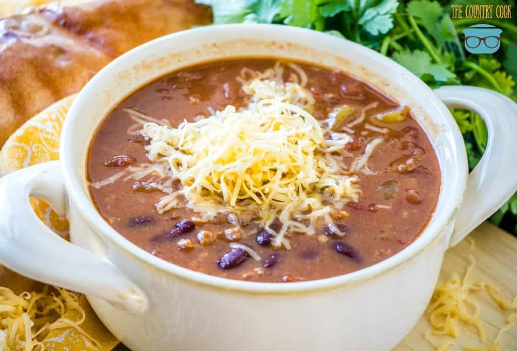 bowl, crock pot chili
