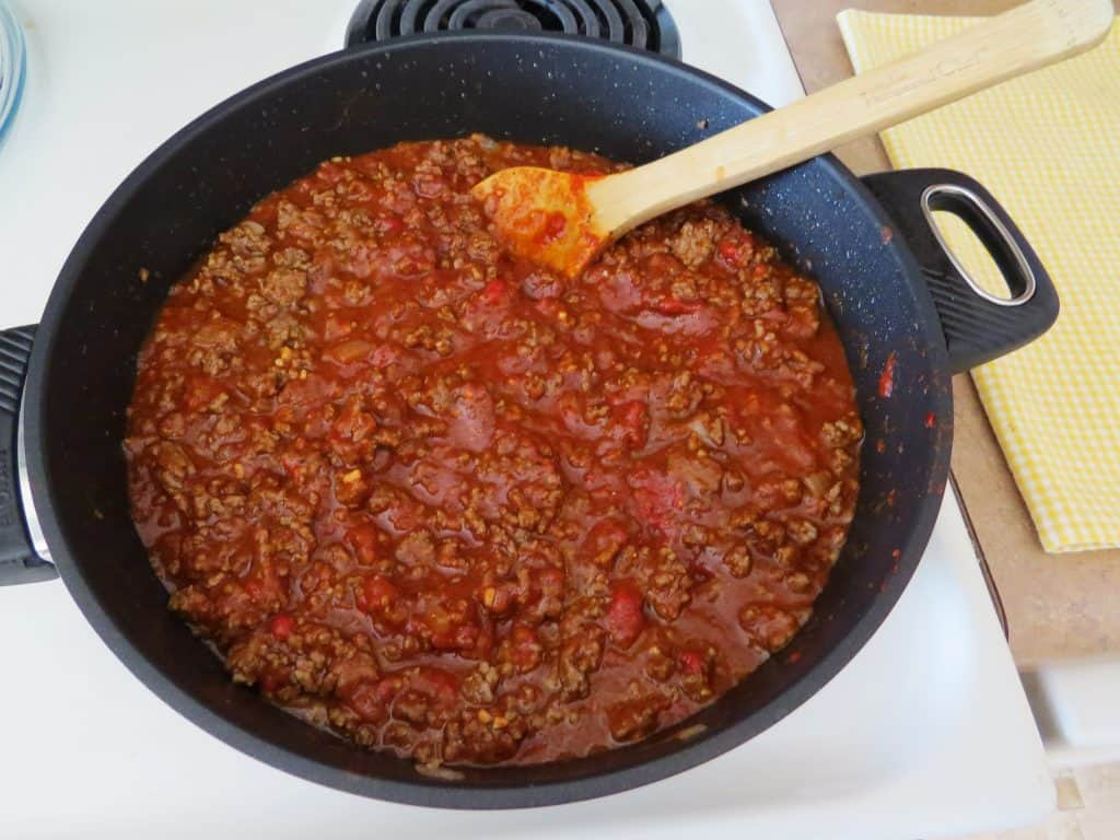 chili with ground beef, no beans