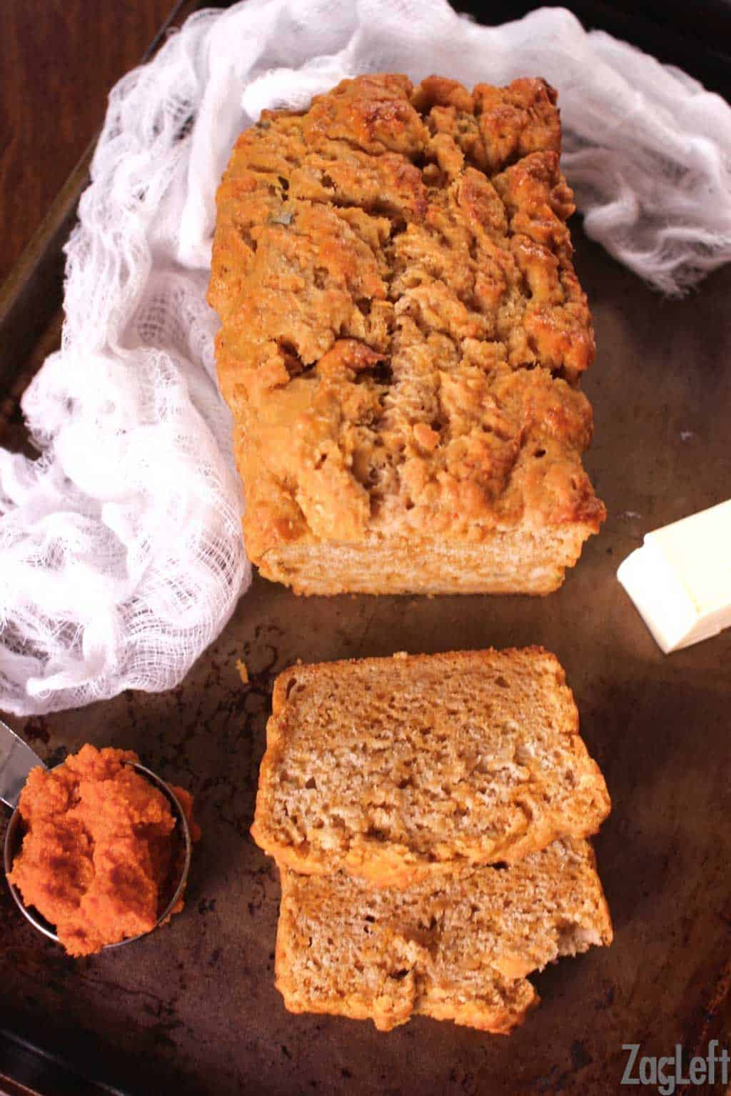 This Pumpkin Sage Beer Bread features all the flavors of fall. It's super easy to make and pairs well with soups and salads or is perfect on it's own. | www.zagleft.com
