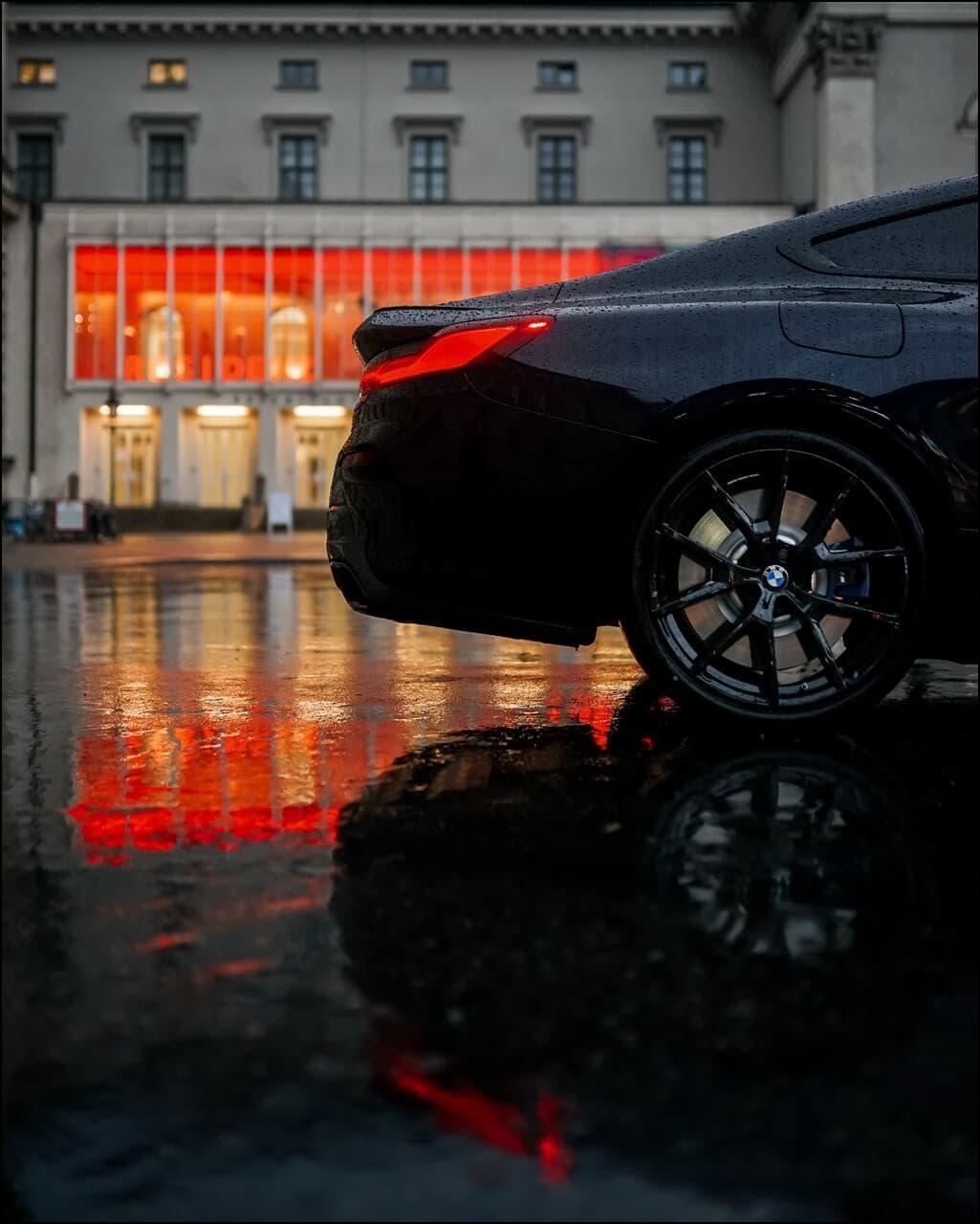 """BMW 20"""" M LMR Y Speiche Sportreifen in der Farbe Jetblack"""