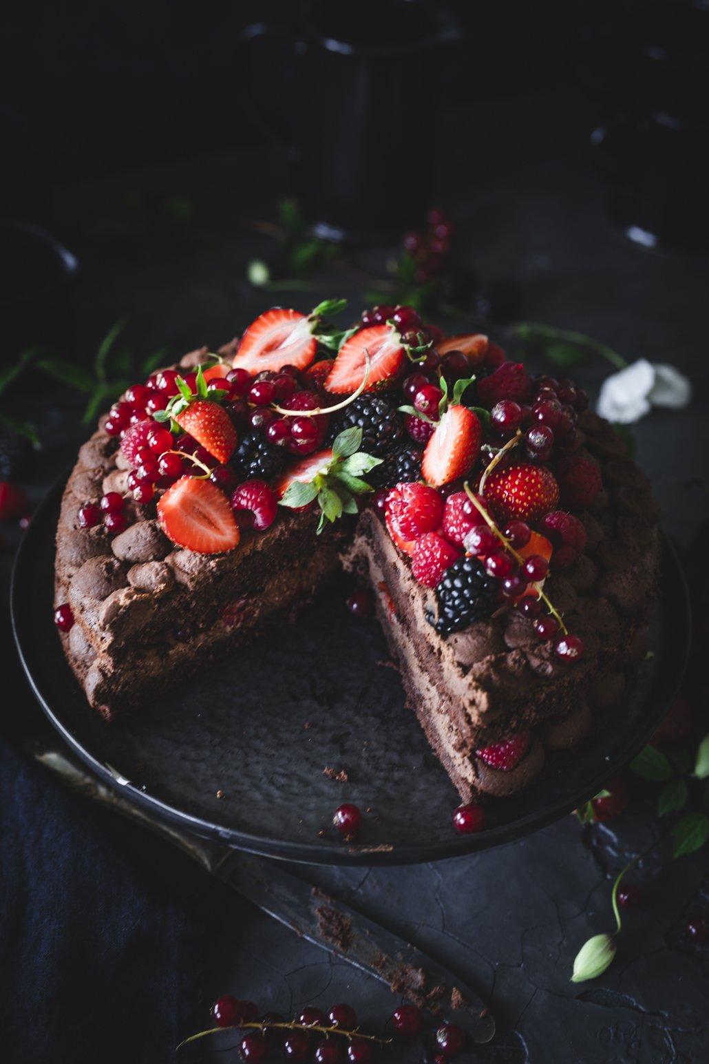 Sommerliche Schoko Mousse Torte