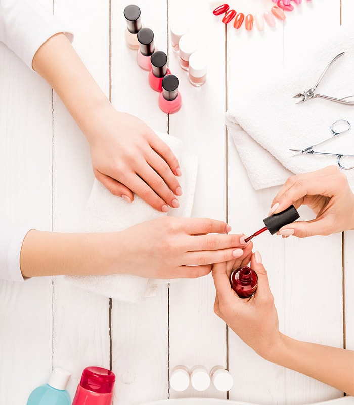 how to care for your nails and do a manicure at home