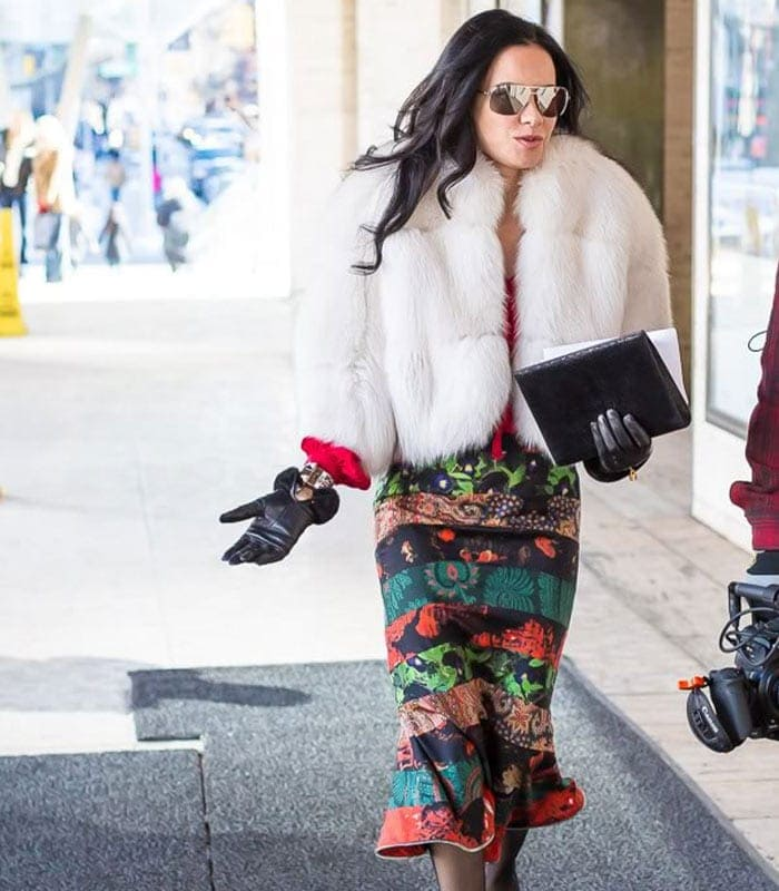 10 best streetstyle looks by women over 40 featuring prints
