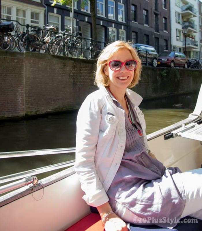Exploring the beauty of Amsterdam by boat & how to dress for a boat trip!