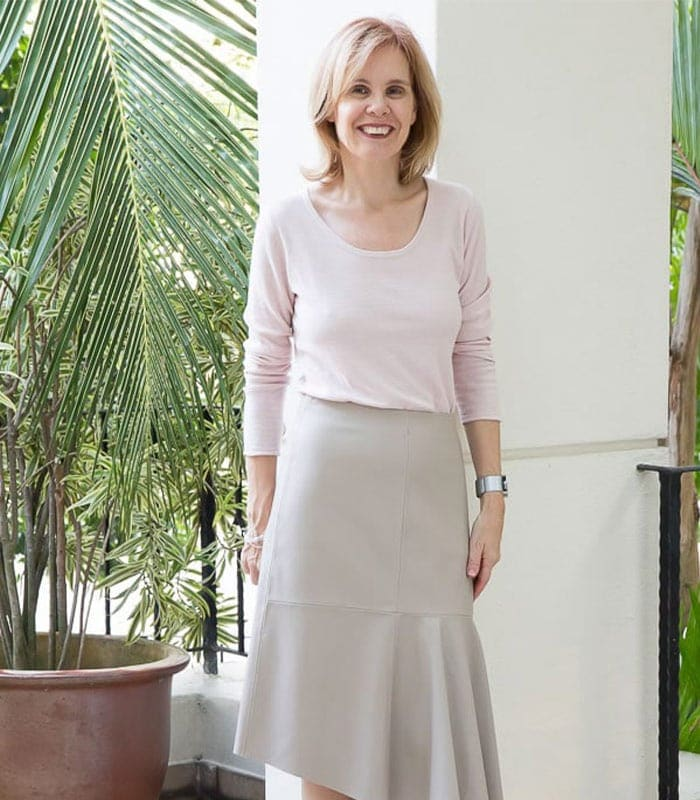 Capsule wardrobe challenge: wearing a skirt in winter!