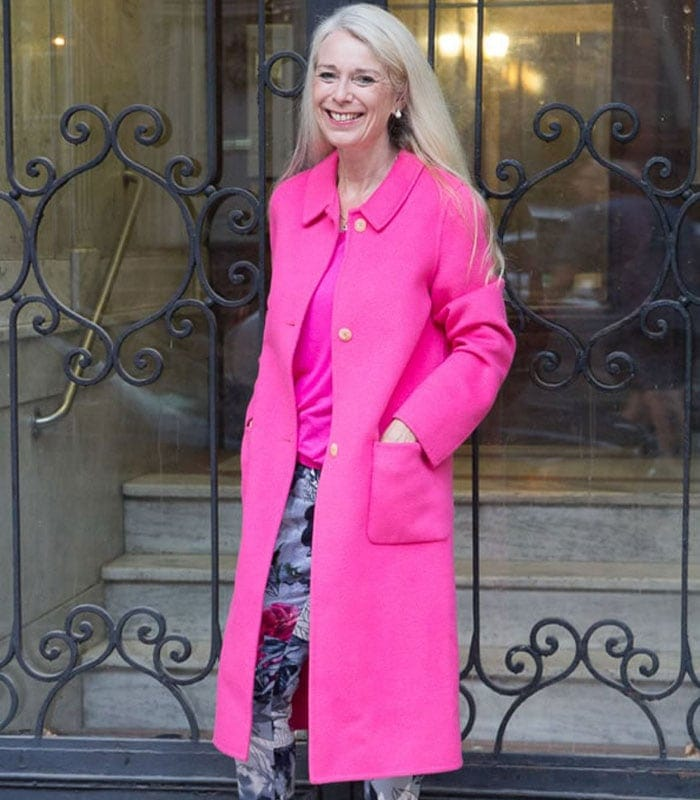 Hot in a pink coat! Or why you should consider a colorful coat this winter