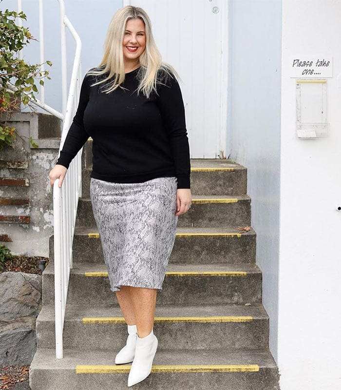 How to wear a skirt in a casual chic way