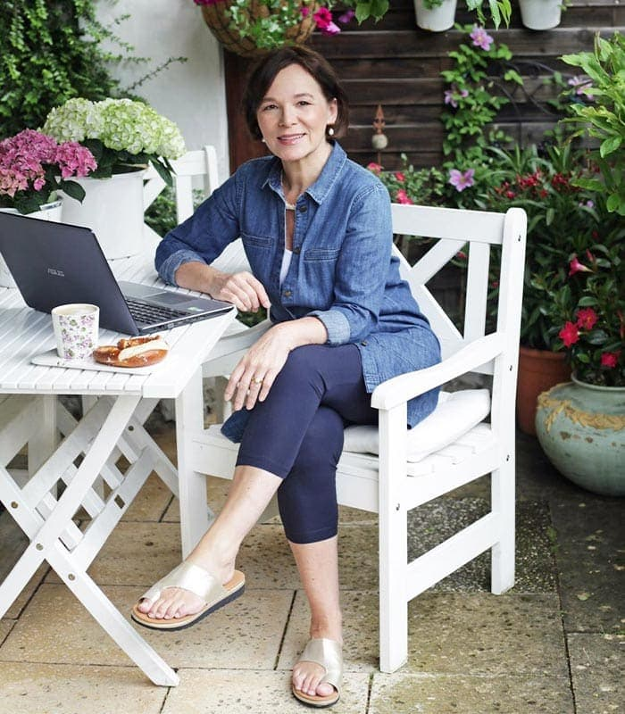 Work from home clothes that are comfortable AND professional to get you in the right frame of mind