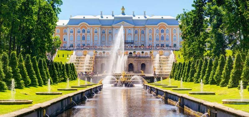 Khám phá nét đặc trưng các công trình kiến trúc trong tour đi Nga