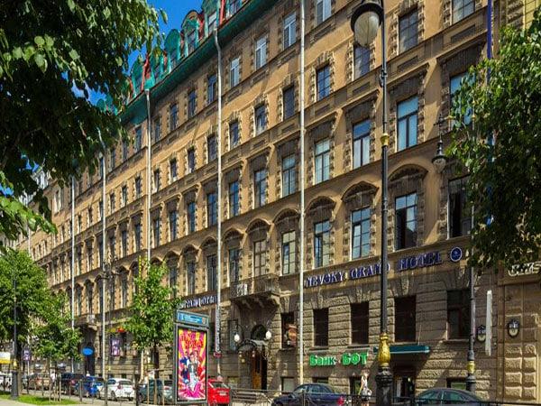 NEVSKY GRAND HOTEL 3*