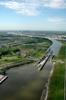 Corps of Engineers big river photos online.