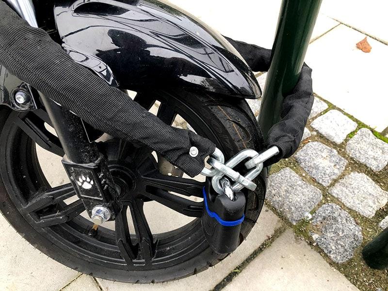 Test: Bäst lås för moped och MC 2020